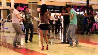 Flashmob - Kara Zhorga in Almaty (Флэшмоб Кара Жорга в Меге) .mov