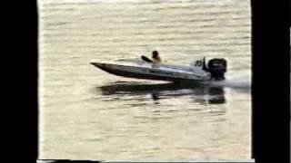 Bullet Boats Australia - 1850 Bullet leaving a triple rig in it's wake