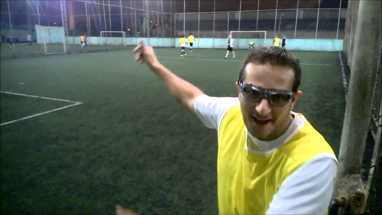 6dd0da292af8d Óculos Especial com Grau para Jogar Futebol. Esporte Visão