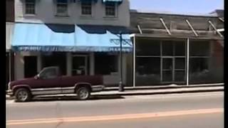 Linden Alabama - A Drive in Town