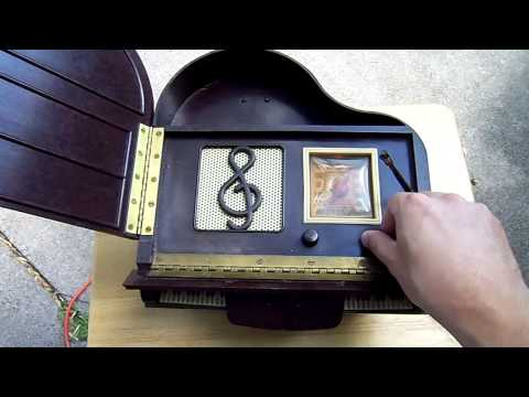 General Television Bakelite Piano Novelty Antique Tube Radio