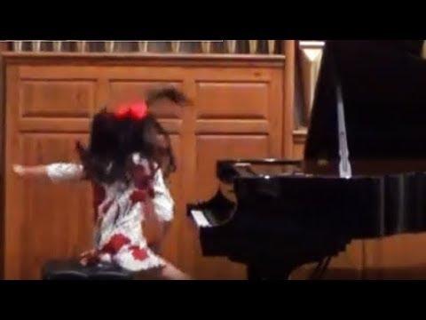 Harmony Zhu (age 11) - Elliott Carter Caténaires