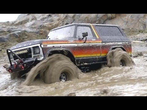 RC TRUCKS OFFROAD MUDDING @ FINLAND - TRX-4 Ford Bronco  Axial SCX10ii Jeep CJ 7 Land Rover Defender