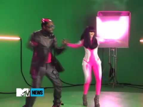 Nicki Minaj And WillIAm Check It Out  Set