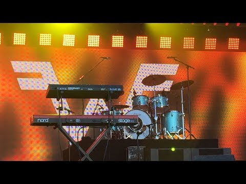 """""""The Good Life"""", """"Pink Triangle"""" - Weezer on Jimmy Kimmel LIVE! - Hollywood, CA 6/11/2018"""