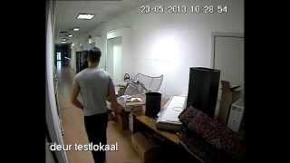 17 camera bewaking kortrijk installatie GEBRUIK VAN NORMAAL LICHT IN DONKERE RUIMTE ZONDER LED-FAR