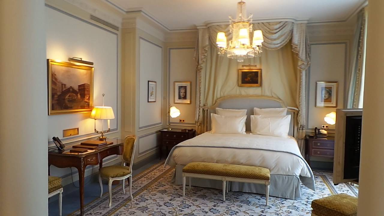 Ritz paris youtube for Chambre de hotel france
