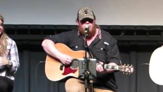 Video Luke Combs  Hurricane