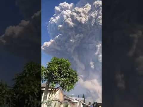 Wedus Gembel Letusan Gunung Sinabung