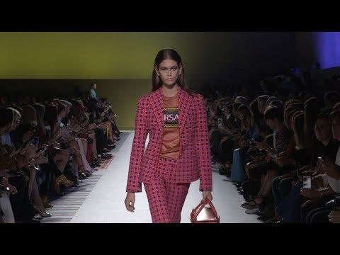 Bella Hadid, Irina Shayk, Kaia Gerber and more on the runway of Versace Fashion