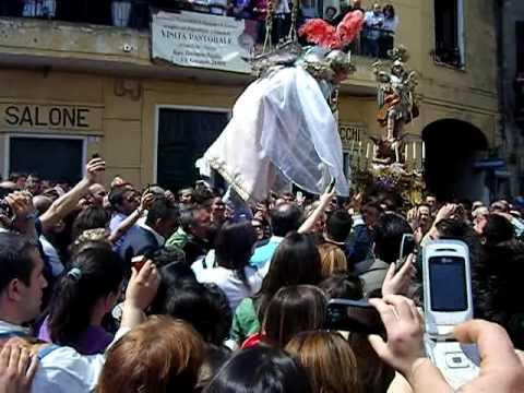 Piazza San Giovanni Ottaviano Volo degli Angeli