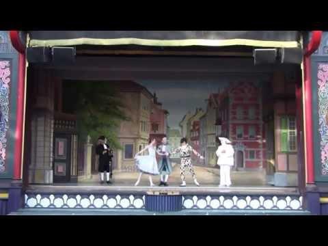 Pantomime Theatre - 3/ - The Skeleton