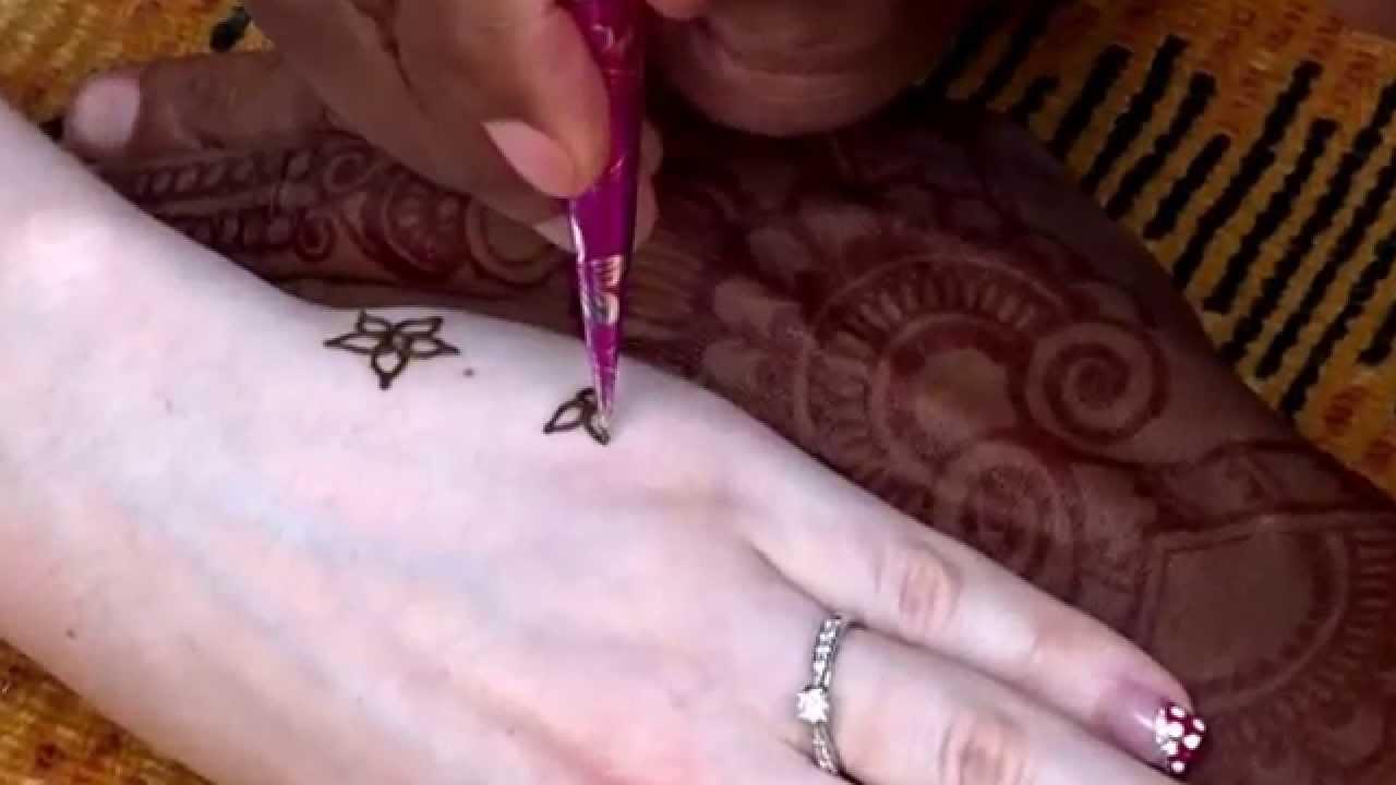 Henna Tattoo, Street performance at Disney's Animal Kingdom