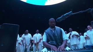 PARADISE by Kanye West - Jesus is King - Sunday Service Live at The Forum (October 27, 2019)