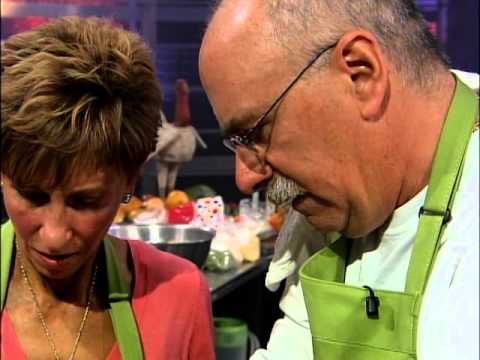 Food Network Thanksgiving Family Face Off Part 1