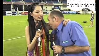 Repeat youtube video Danny Morrison being himself by smelling Natasha the Bimbo's armpit