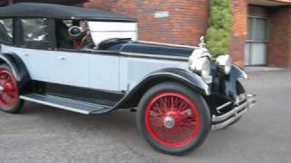 Packard 1919 Twin Six - Starting by hand cranking when hot and Packard 1922 Sports Tourer parking