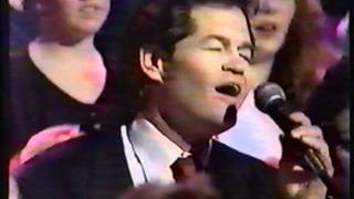 Repeat youtube video The Monkees - I'm a Believer - Live on TV 1989