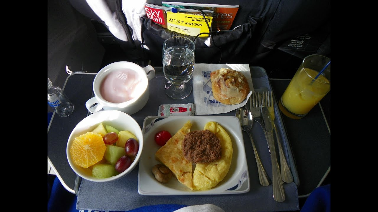Hd United Airlines 737 900 Food Service In First Class New