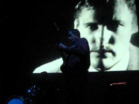 "Dean and Britta ""Herringbone Tweed"" Live @ The Warhol in Pittsburgh DENNIS HOPPER"