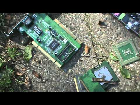 Scrap Gold Recycling Computer Parts Making Money, Yard ...