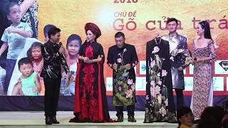 Đấu giá áo dài: Phi Nhung, Tuấn Hà Lan, Trịnh Kim Chi, Kim Tiểu Long của NTK Đức Minh và Khôi Nguyễn