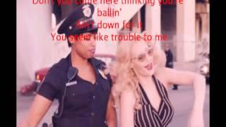 Iggy Azalea - Trouble ft. Jennifer Hudson (Lyrics)