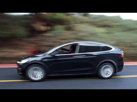 What S It Like Driving The New Tesla Model X Suv Youtube