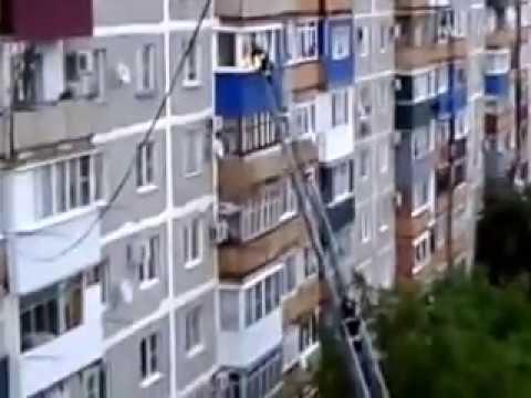 Майкоп. Пожар в квартире многоэтажного дома в Черемушках