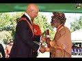 Capture de la vidéo Jamaica's Reggae Legend Jah Bunny Wailers Awarded O.m