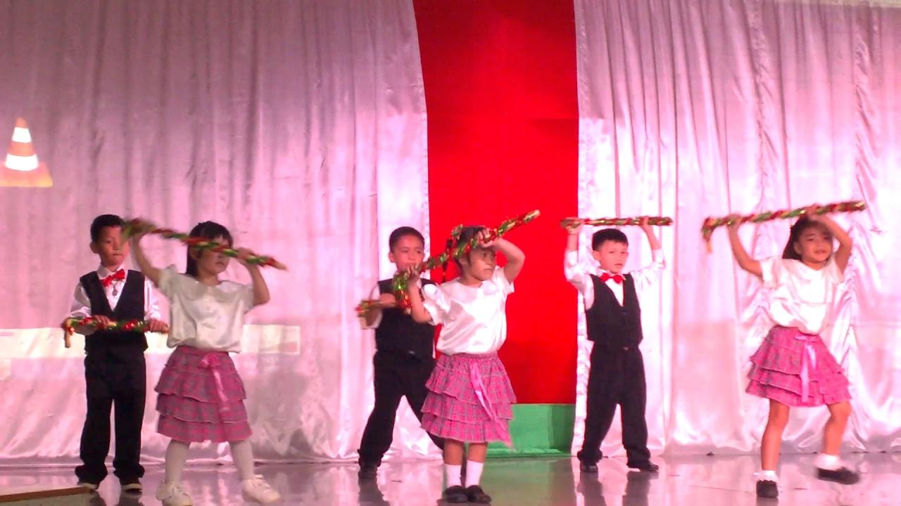 Xmas Dancing ft. Rockin' Around the Christmas Tree (KIDZ BOP Kids) - YouTube