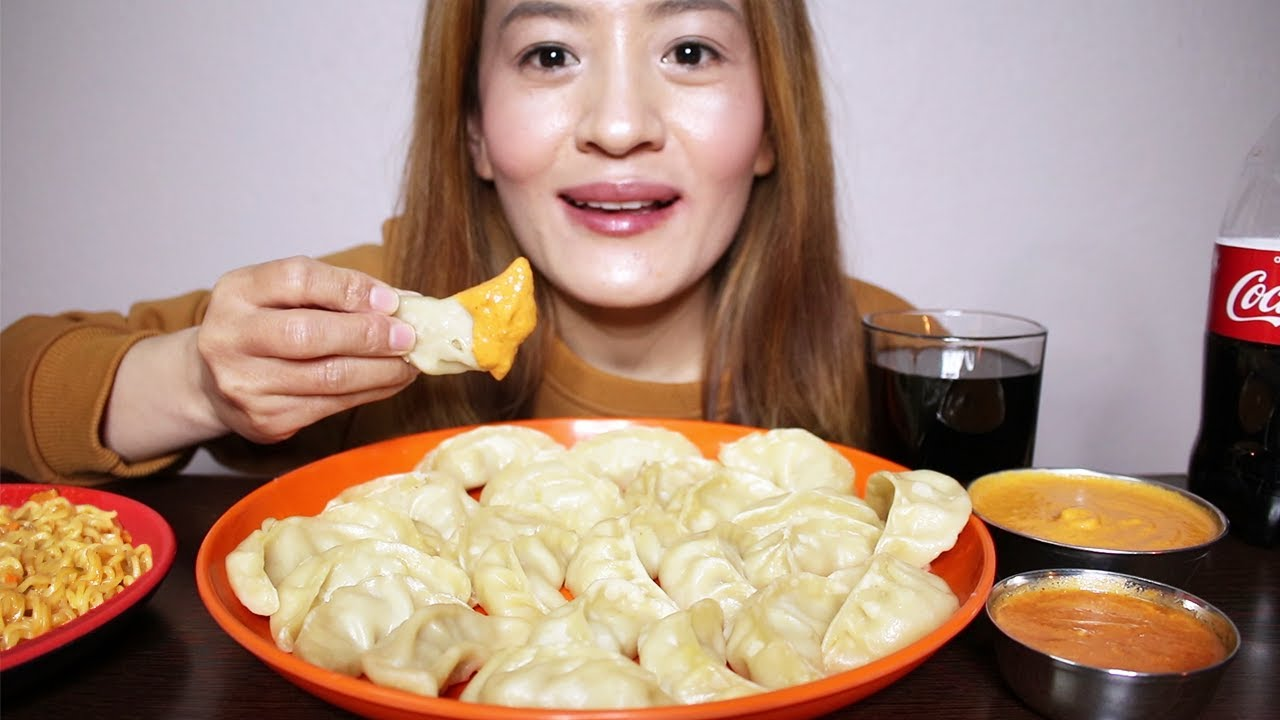 Download EATING CHICKEN MOMO + HOT POT SPICY RAMEN NOODLES & TOMATO ACHAR ft.COKE *MOMO CHALLENGE* /ASMR