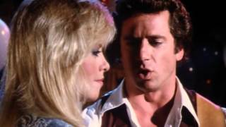 Luke Duke and Candy Dix sing Boulder To Birmingham - The Dukes Of Hazzard *HQ*