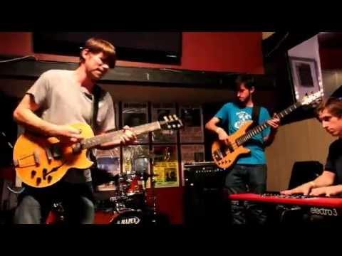 Dirk Quinn Band - Live at Pub Down Under