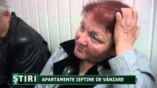 Apartamente ieftine de vanzare.mpg(Aradenii s-au inghesuit la licitatia unde pretul de pornire al unui apartament a fost intre 7000 si 13.000 de euro. 05.04.2012., 2012-04-05T16:26:11.000Z)