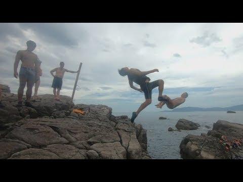 瘋跳水- 北臺灣最美風景 龍洞-跳水人生 浮潛 Cliff jumping , Longdon, Taiwan - YouTube