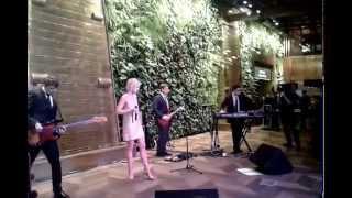 """Полина Гагарина """"Любовь тебя найдет (Одной левой OST)"""" Live @ Кинотеатр Москва, Moscow 28-apr-2015"""