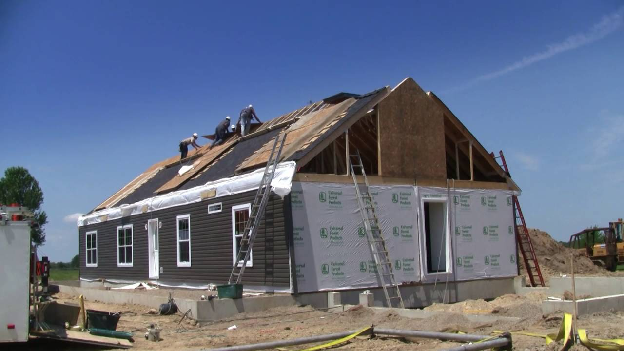 Time Lapse of new modular home being built