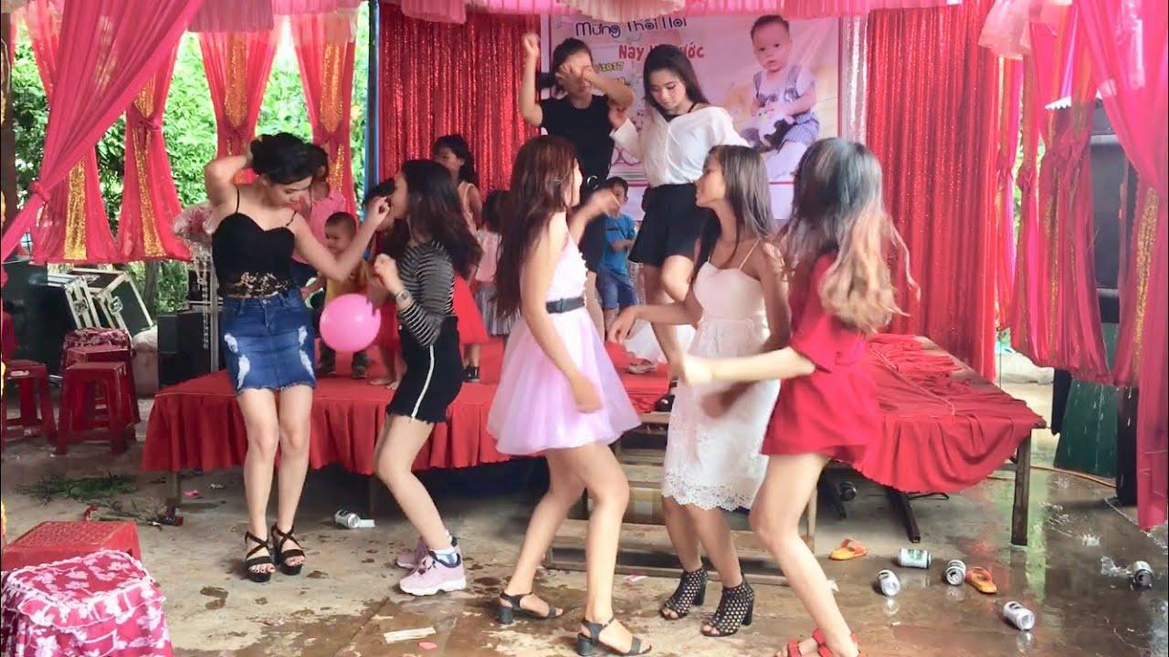 Cô Gái Xinh Đẹp Jrai Nhảy Nhạc Sàn Đám Cưới Mạnh Nhất ( Nonstop )