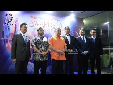 SULTAN IBRAHIM ATTENDS STARPROPERTY.MY AWARDS 2018
