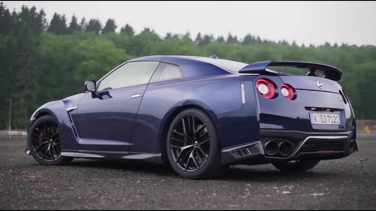 2017 NISSAN GT-R - THE NEW INTERIOR - YouTube