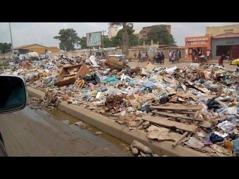 Angola : Bienvenue à Luanda, capitale du pays et décharge à ciel ouvert