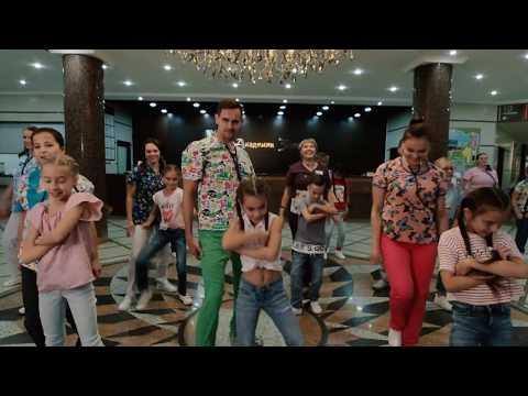 Медики танцуют || Академия здоровья, 10 лет