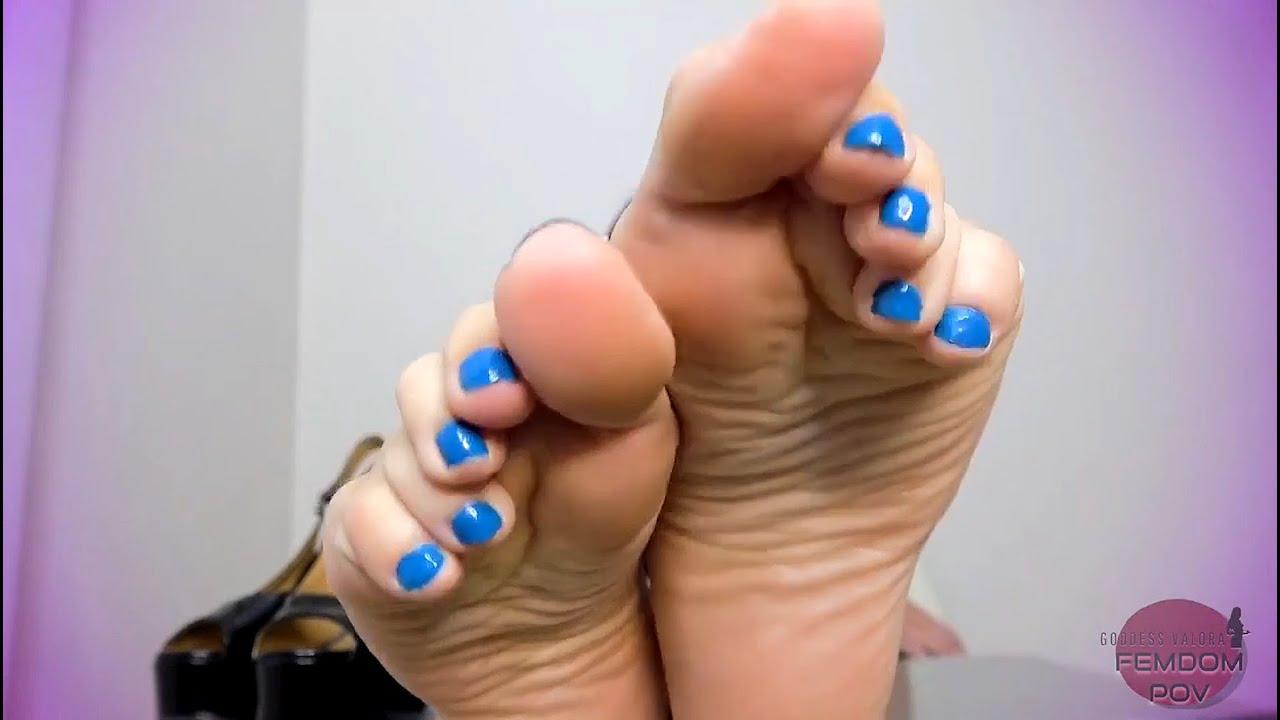 Download Goddess Valora - Feet JOI 2