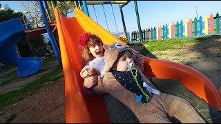 Elif Ve Berkay Bebek Ile Mini Hayvanat Bahçesi Gezdik.Eğlenceli Çocuk Videosu
