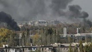 Боевики не прекращают попыток взять штурмом аэропорт