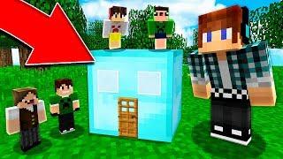 CASA DENTRO DE UM BLOCO DE DIAMANTE !! - Minecraft Mod
