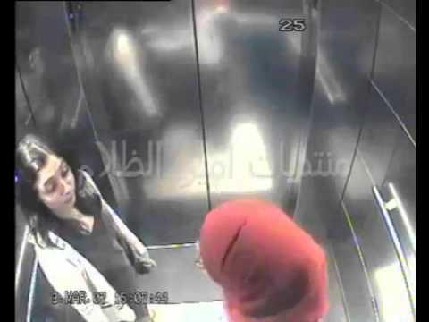 محجبات عربيات مسلمات يمارسن جنس في مصعد +18