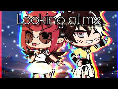 Looking at me ~ GLMV