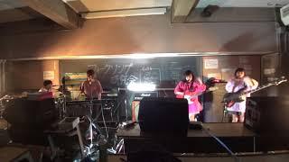2018 新歓 教室ライブ.